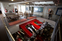 One of the trademarks of the Swiss steamships is the clean and shining engine rooms.