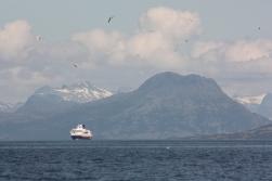 «Polarlys» approaching Sandnessjøen, 2016.