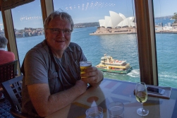 Arriving Sydney, anchoring as central as possibly possible. The view from our restaurant table was no less than great!