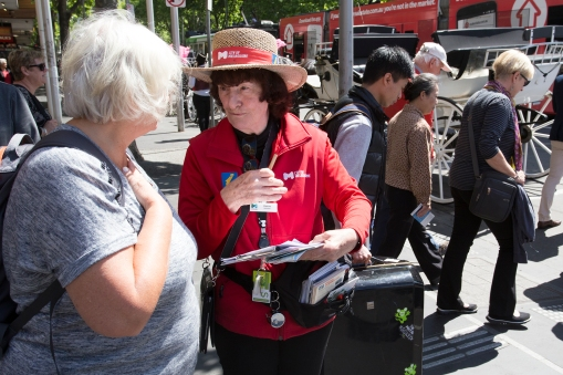 One of the excellent Australian volunteer tourist aides, making our lives easier.