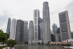 The Boat Quay is a tiny stripe of colonial buildings creeping along the water underneath the big skyscrapers.