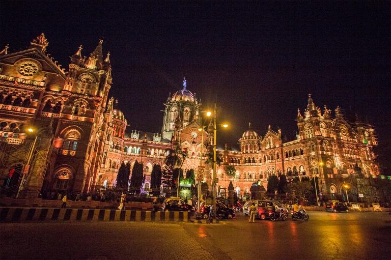 50_04_62611_Luminosa_Mumbai_2016.jpg