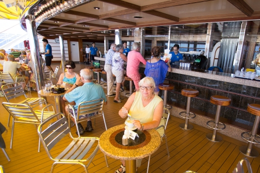 Ready for a drink or two at the aft deck bar.