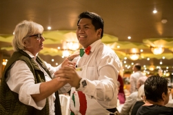 On the second last night, the dinner was part of an «Italian Party». ES ended up dancing with our chief waiter.