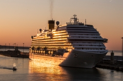 In the morning light of Civitavecchia, close to Rome, we met the our cousin the Costa Diadema.