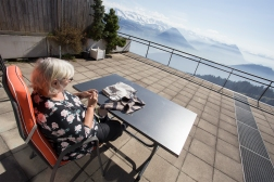 ES doing her mandatory knitting on our gorgeous Rigi terrace.