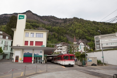 The Rigibahn starts in Vitznau, by the lakeside, and climbs 1400 metres to Rigi Kulm at the top of the mountain.
