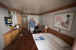 Our spacy cabin, the same size as the one we had around the world!