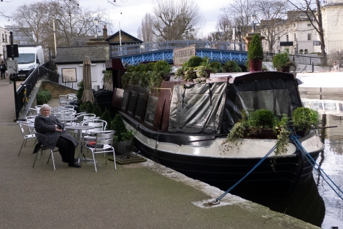 We are still in the middle of town. This is little Venice, a short walk from Paddington