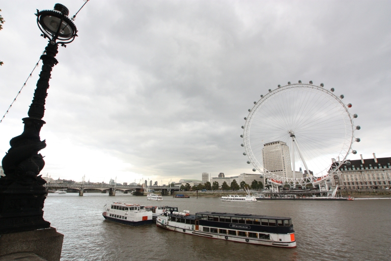 Tourist spots. The river Thames with the London Eye
