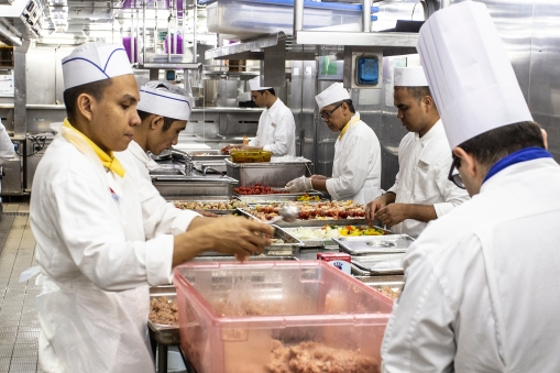 Behind the scenes! Some of our biggest heroes are the men and women working in the ships kitchens!