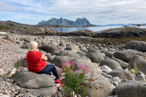 A lunch break in Svolvær, waiting for the ferry to the island of Skrova, seen here in the background.